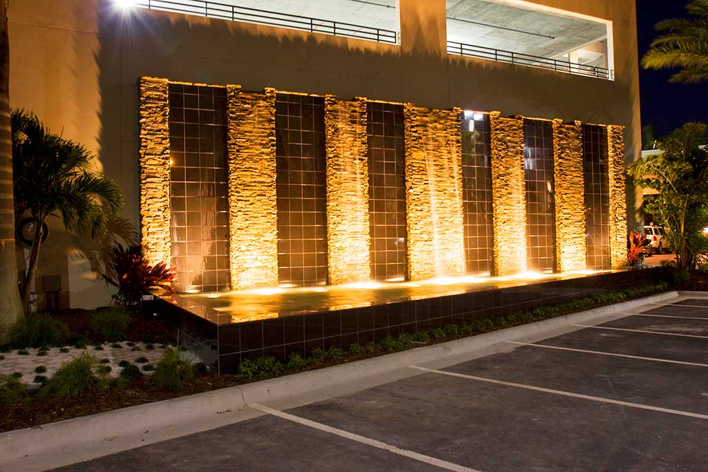Water wall at the Westin Hotel entrance in Tampa Florida designed and built by Lucas Lagoons Inc